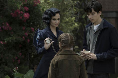 Dom gospođice Peregrine za čudnovatu djecu (Miss Peregrine s Home for Peculiar Children), red. Tim Burton