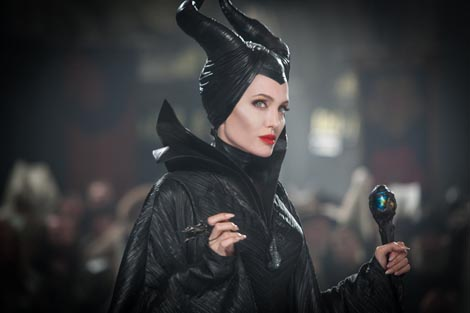 Gospodarica zla (Maleficent), red. Robert Stromberg