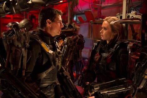 Na rubu budućnosti (Edge of Tomorrow), red. Doug Liman